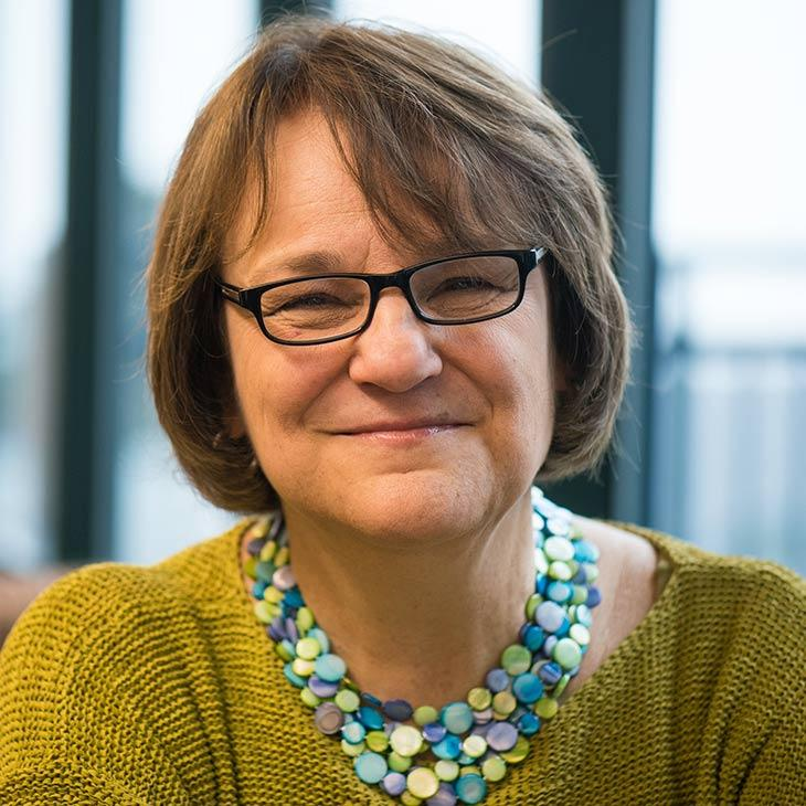 Linda Miller, PhD, CPA, Associate Professor and Assistant Dean, Champlain College Online faculty